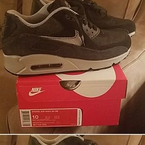 Nike Air max worn only once